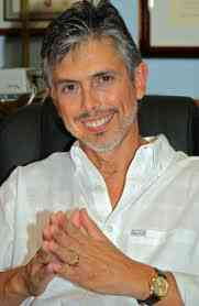 Dr Norman Chacon